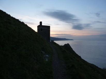 Coastguard's lookout at Hurlestone Point 5