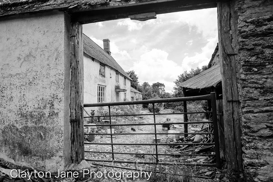 103 Clayton Jane Farm mono