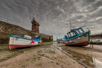 102 Martin Webber - Lynmouth harbour. Waiting for the tide to come in