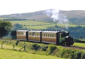 1408-alan-mccarten-the-lynton-barnstaple-railway-woody-bay-station-yesterday