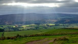 811-tony-george-the-sun-shining-on-luccombe-at-north-hill-minehead