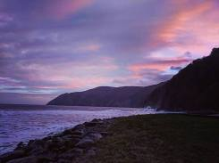 409-beckie-wilde-sunrise-at-lynmouth-this-morning-during-high-tide-16-dec