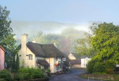 131-julia-amies-green-early-morning-mist-over-winsford