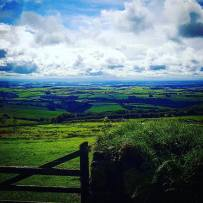 Exmooooooorrr 😍😍😍 #visitdevon #visitengland #instago #instagood #photooftheday #exmoor #countryside #countrylanes 📷: @alrudge