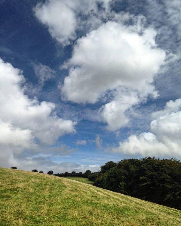 Clouds and green hills, Exford Somerset, England 🇬🇧 . . . . #england #uk #ukpotd #britain #travel #lovegreatbritain #britains_talent #todayplaces #swisbest #somerset #capturingbritain_nature #loves_united_england #landscape #nature #bestukpics #omgb #unitedkingdom #sky_brilliance #europe #sky #osmaps #landscapephotography #uk_greatshots #visit_uk #exmoor #hiking #exford #clouds #scenery #clouds_of_our_world 📷: @serialtourist
