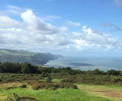 Arrived at our next destination #exmoornationalpark #viewpoint #sky #clouds #view #views #exmoor #sea #coastline #photography #photographer #picoftheday #pictureperfect #amateurphotography #instagram #instagood #instadaily #like4like #likeforlike #followme #minehead 📷: @robgncp