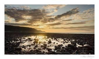 Porlock beach #exmoor4all #exmoornationalpark #Exmoor #visitengland #landscape_lovers #landscapephotomag #landscapephotography #naturemood #naturephotography #travelgram #best_nature_hdr #coastline #hiking #planetearth #natgeoyourshot #bristolchannel 📷: @hans_debruyne