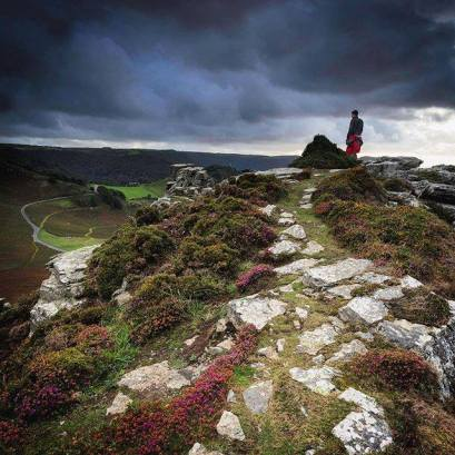 Dark and foreboding clouds swirl over my head. A good time to leave Devon I reckon. #valleyoftherocks #coastalphotography #britishcoast #devoncoast #lynmouth #devon #eastdevon #exmoor #ig_countryside #explore_britain #capturingbritain #britishcoast #britains_talent #picture_to_keep #gloriousbritain #visitbritain #seebritain #photosofbritain #potd #britishisles #englishcountryside #devonphotos #goodbyesummer2017 #gooutside #thewestcountry #westcountry #exmoornationalpark #lyntonandlynmouth 📷: @studentinsnowdonia