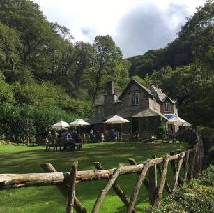 Watersmeet National Trust house has been owned since 1938. This delightful house is situated right next to the East Lyn river set at the bottom of the valley. Offering a shop and a cafe with plenty of outdoor seating. Great place to stop for lunch on a long walk. The staff are all very keen to help everyone and really friendly bunch. The shop offers a large range of gifts and suitable items for the walkers that come to look. On the river you can see the Dipper, a rare bird that is found on this river #dippers #flyfishing #fishing #trout #walking #nosmartphonesignal #backintheday #nationaltrust #watersmeet #exmoor #northdevon #omnicogroup #omnico #digipos #stateoftheart #igersnationaltrust 📷: @sailwithphil
