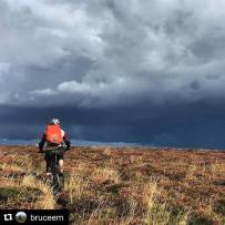 This sums today up perfectly - big, open, moody skies on beautiful #exmoor ! #Repost @bruceem ・・・ Selworthy Beacon. The Ex #dmrex #whyiride #mtb 📷: @exendur