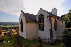 Selworthy Church in the early evening light on the 1st September 📷: @elmridgephotography